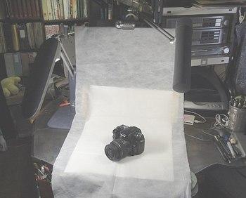 3畳半書斎のスタジオライティングは蛍光灯.jpg